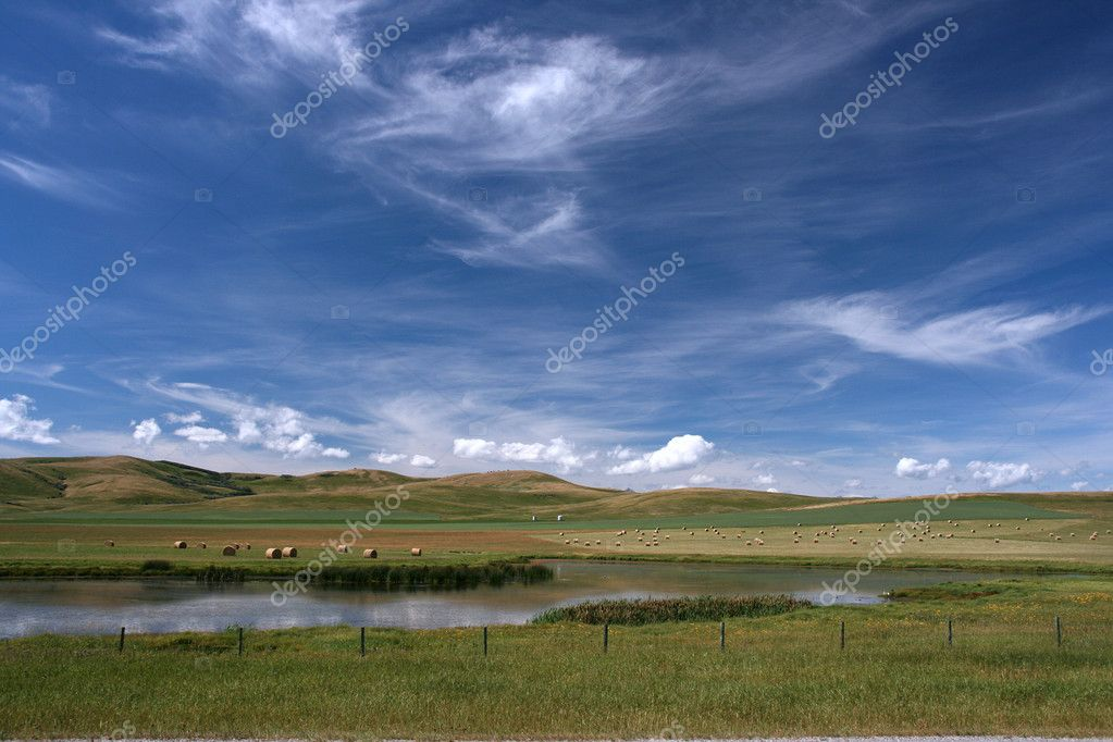 Beautiful prairie and agriculture in Alberta, Canada — Stock Photo #4612816