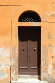 Door in Rome — Stock Photo