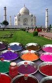 Original view of the Taj Mahal — Stock Photo