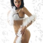 sexy Latina in weißen Dessous — Stockfoto