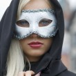 la máscara y la tapa — Foto de Stock