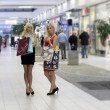 Two blond shopping woman — Stock Photo