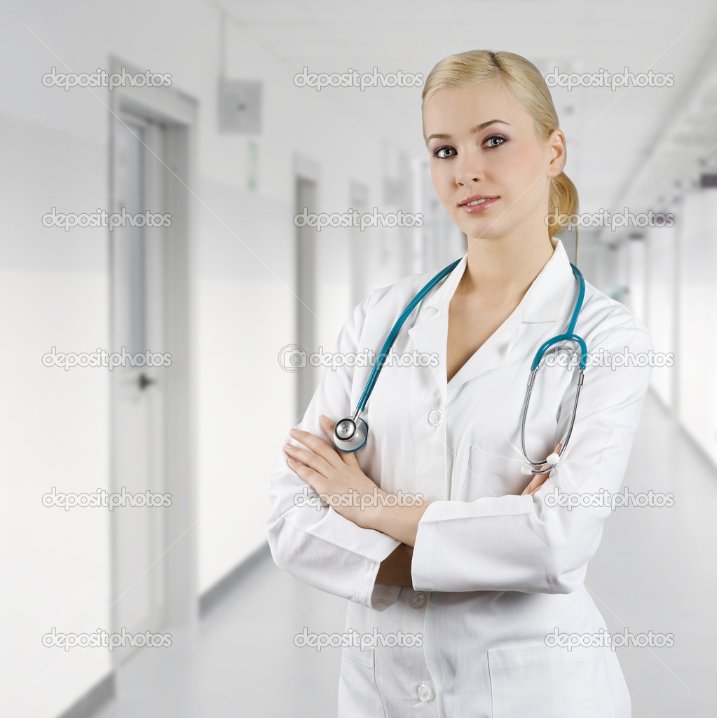 Smiling medical doctor woman with stethoscope Isolated over white background  — Stock Photo #4702031
