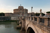 Angelo bridge and castle — Stock Photo