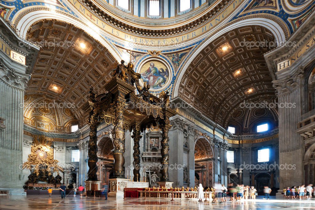 Interior of the St. Peter's Basilica in Rome, Italy — Stock Photo #4874468