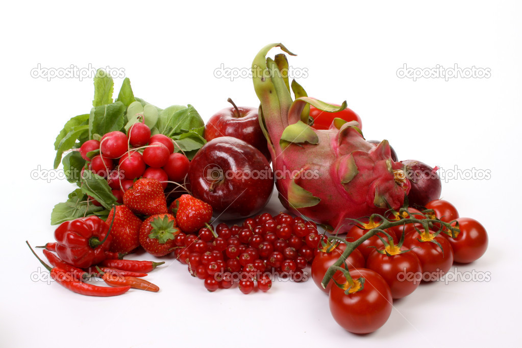 Composition of several red  fruits and vegetables — Stock Photo #4553770