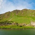 Alpine lake Brebeneckul on summer mountains — Stock Photo #4652491