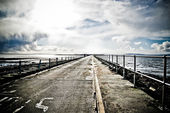 A bridge over the ocean — Stock Photo