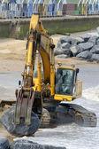 Building beach defences — Stock Photo