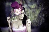 ビンテージ ハットの美しい若い女性の顔 — ストック写真