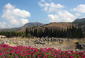Beautiful view of Hierapolis, ancient Rome city — Stock Photo