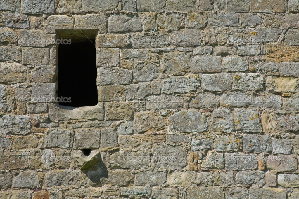 Rosetta Stone Requires Elevation Windows : Old stone wall with window and drain — stock photo