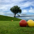 Area of play in the golf course with blue sky — Stock Photo