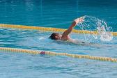 Man swimming in pool. Swim training — Stock Photo
