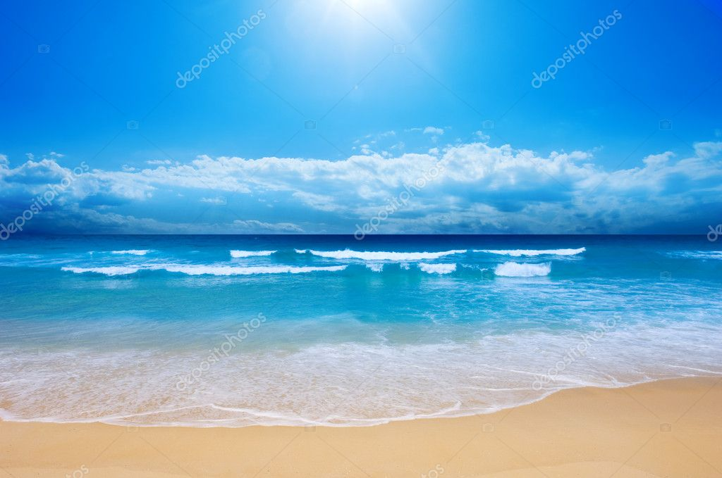 Gorgeous Beach in Summertime — Stock Photo #4436189