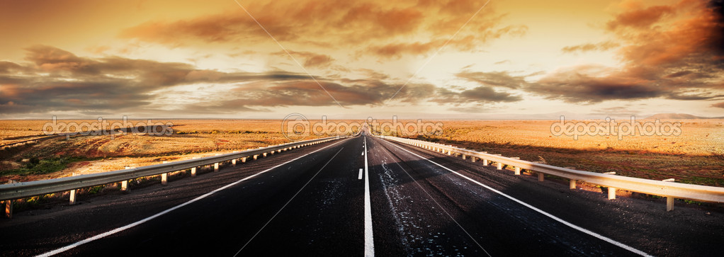 Road through the desert — Stock Photo #5215941
