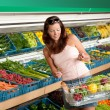 Grocery store shopping - Woman in summer outfit — Stock Photo