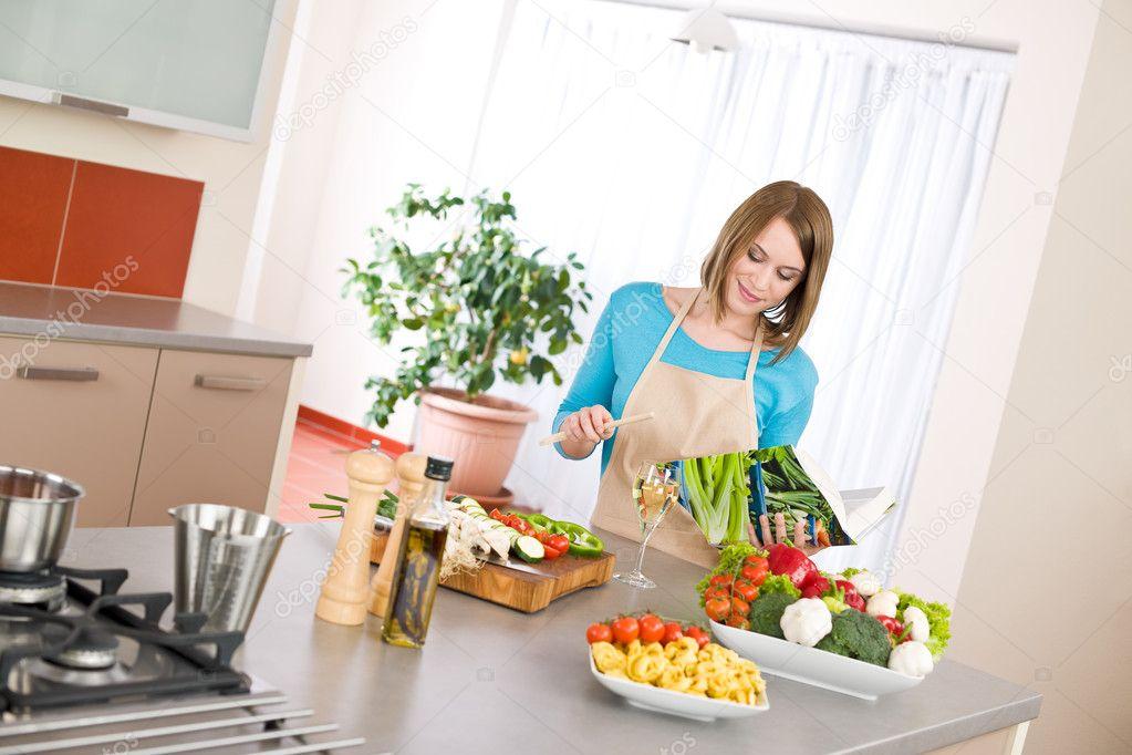 Cocina moderna recetas images for Cocinas rectas modernas
