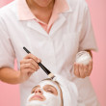 Facial mask - woman at beauty salon — Stock Photo #4692876