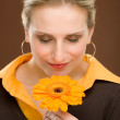 Flower romantic woman hold gerbera daisy — Stock Photo