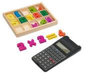 Drewniane numery z kalkulatorem — Zdjęcie stockowe