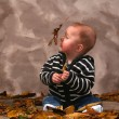 Baby leaf fall — Stockfoto