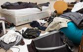 Disordinato camera da letto — Foto Stock