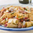 Rigatoni Pasta with a Tomato and Pancetta Sauce — Stockfoto