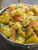 Gobi Aloo - Spiced Cauliflower and Potato — Stock Photo