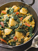 Sag Aloo in a Karai Pan — Stock Photo