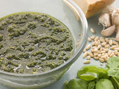 Bowl of Fresh Pesto with Ingredients — Stock Photo