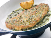 Cotoletta of Veal in a Frying Pan — Photo