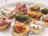 Plated Selection of Crostini — Stock Photo