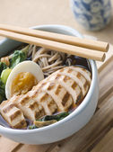 Chargrilled Chicken Soba Noodle and Miso Soup — Stock Photo