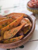 Sweet Potato Wedges with Tomato Salsa — Stock Photo