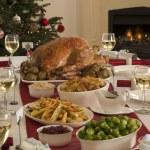烤火鸡吃圣诞大餐 — 图库照片 #4765402