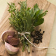 Bouquet Garni Garlic Cloves and Peppercorns — Stock Photo