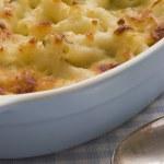 Dish of Macaroni Cheese — Stock Photo #4765983