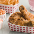 Southern Fried Chicken Coleslaw Baked Beans Fries and Strawberry — Stock Photo #4767374