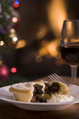 Mince Pie with Brandy cream and a Glass of Sherry — Stock Photo