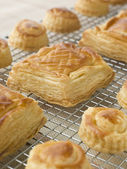Selection of Vol au vents on a Cooling rack — Stock Photo