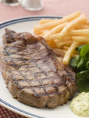 Steak Frite with Watercress and Barnaise Sauce — Stock Photo