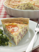 Quiche Lorraine with Watercress salad and Vinaigrette — Stock Photo