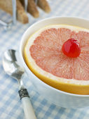 Halbe rosa grapefruit — Stockfoto