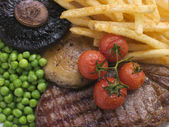Sirloin Steak Chips and Grill Garnish — Stock fotografie