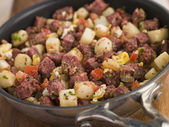 Corned Beef Hash in a Frying Pan — Stock Photo