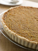 Whole Treacle Tart on a Cooling Rack — Stock Photo