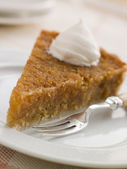 Slice of Treacle Tart with Whipped Cream — Stock Photo
