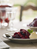 Summer Pudding with Clotted Cream — Stock Photo
