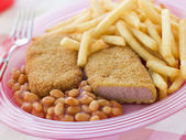 Breadcrumbed Luncheon Meat with Baked Beans and Chips — Stock Photo
